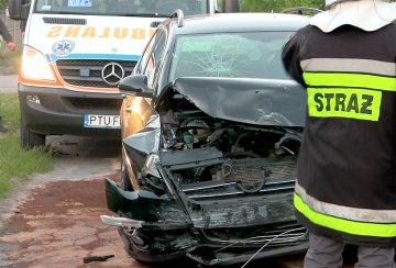 Wideo: Rozbili auta przy kapliczce w Gr�bkowie