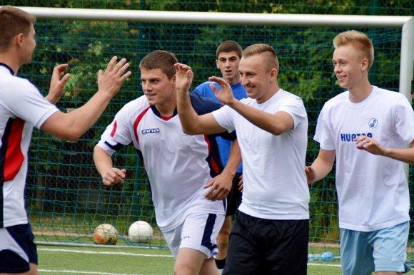 Ekipa Grubsona wywalczy�a Puchar Orlika w...