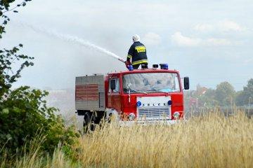 Wideo: Hektary zbo�a pali�y si� w Brudzyniu