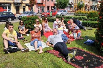 Hoc na koc, czyli piknik przy fontannie