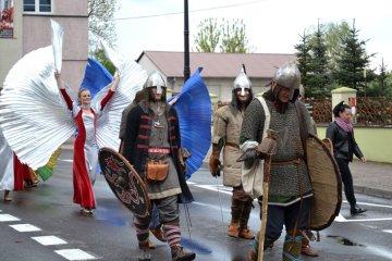 Parada Tur�w, efektowne pokazy i wyst�py...