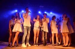 Youtuberzy i wokali�ci na koncercie w MDKu ....