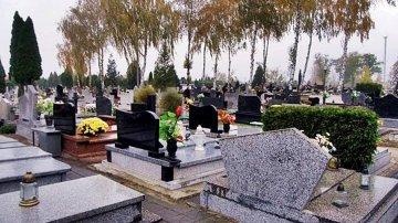 Bezp�atnym autobusem do cmentarzy