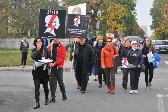 Wideo: Czarny Protest w Turku. Kobiety...