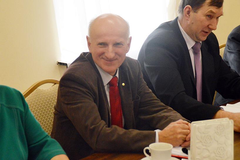 Galew: Radny chce pieniędzy dla parafii. Apelował o miłosierdzie do wójta i Rady Gminy