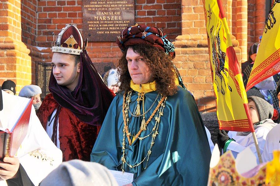Trzej Królowie wędrowali przez Turek - foto: M. Derucki