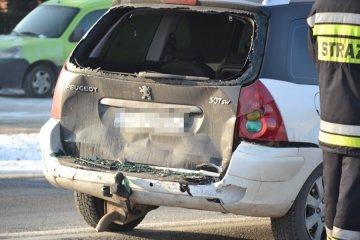 Wypadek na trasie 72. Dwie osoby poszkodowane