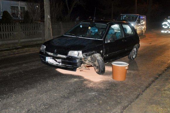 Kotwasice: Kolizja dwóch aut. Clio prawie...