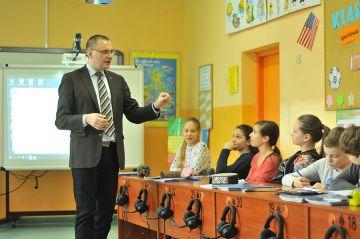 Prof. M. Pawlak: Gramatyka nie jest najważniejsza