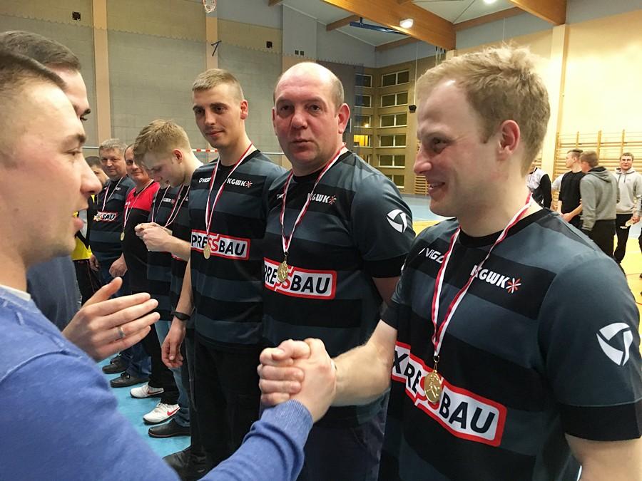 Tuliszków: Expressbau triumfatorem Ligi Halowej Piłki Nożnej o Puchar Burmistrza