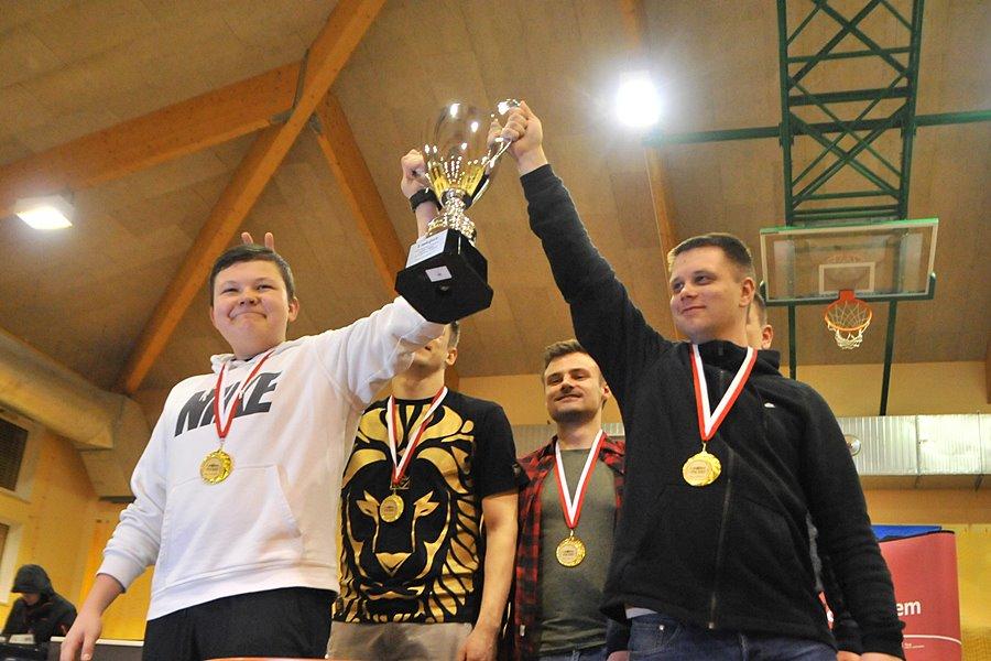 CS:GO. Team LAMPKA wygrywa NTT System Quersus Puchar Polski w E-Sporcie - foto: M. Derucki