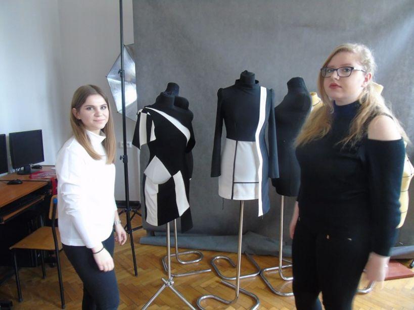 Zajęcia z projektowania odzieży na wydziałach Politechniki Łódzkiej