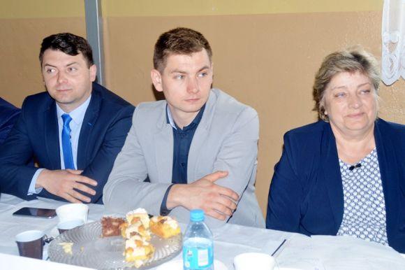Kawęczyn: Podzielili prawie 1,5 miliona złotych...