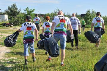 Przykona: W czynie społecznym posprzątali plaże