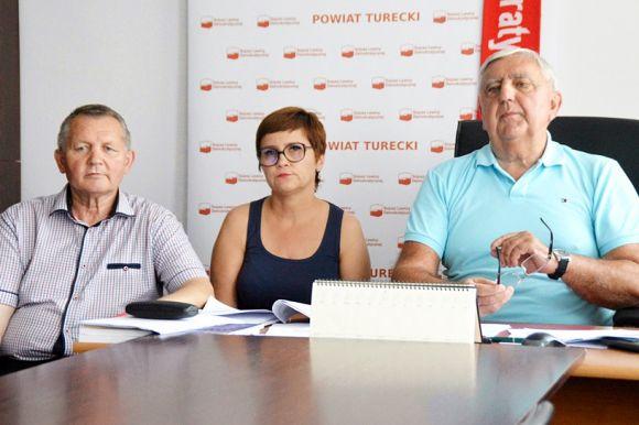 Miasto Turek: Marczewski: PiS demoluje i hańbi. Seńko i Antosik powinni zerwać...