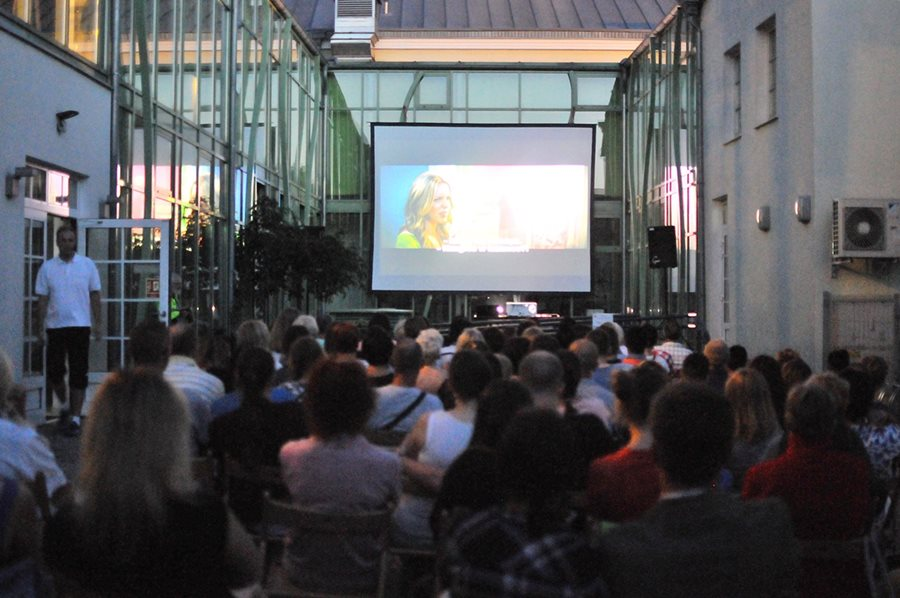 Nocny Maraton Filmowy przyciągnął kinomaniaków - foto: M. Derucki