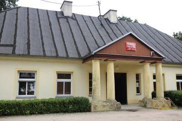 Gmina Turek: Żona radnego została p.o....