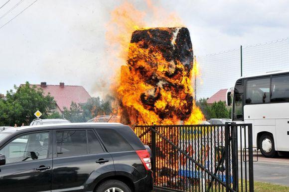 Gm. Władysławów: Pożar na dożynkach. Spłonęła...