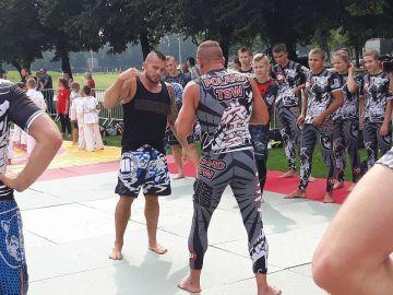 Trening z Mistrzami KSW Mateuszem Gamrotem i...