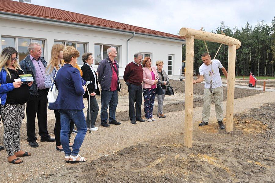 Ośrodek medytacji w Dziadowicach otworzył się na zwiedzających - foto: M. Derucki