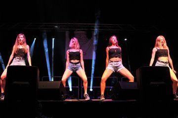 Wideo: Taneczny show Ramony, Patrycji, Julii i...