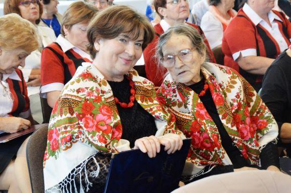 Brudzew: Seniorzy świętowali. Były śpiewy, joga...