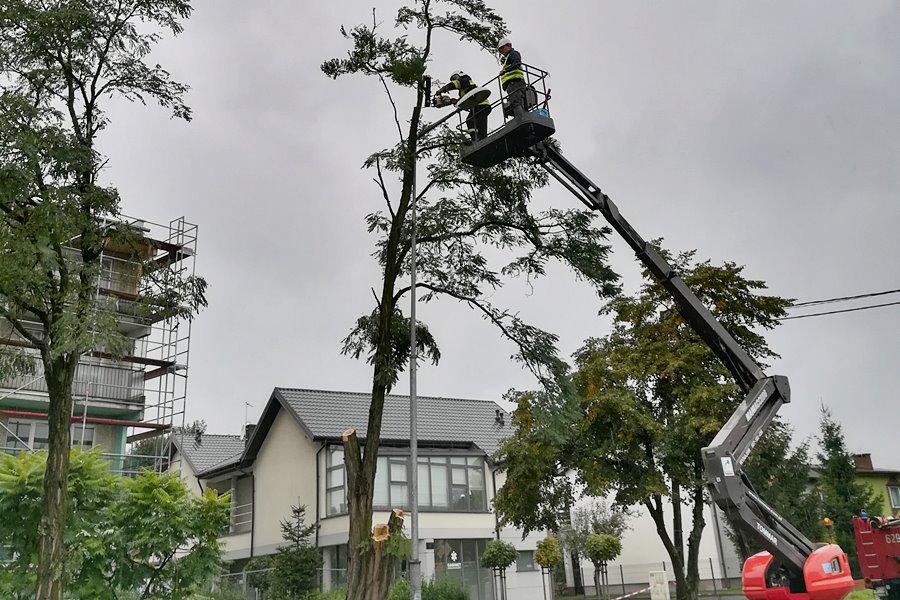 Orkan Ksawery przeszedł nad powiatem tureckim - ul. Dworcowa w Turku / zdj. od Dominika