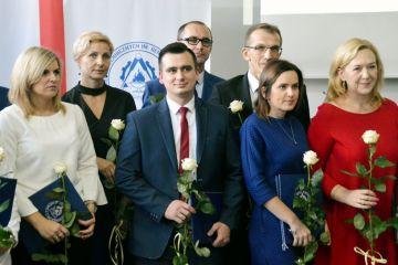 DEN: Dyrektor ZST nagrodziła nauczycieli