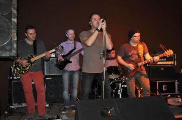 W mixTurze świętowano Niepodległość na rockowo