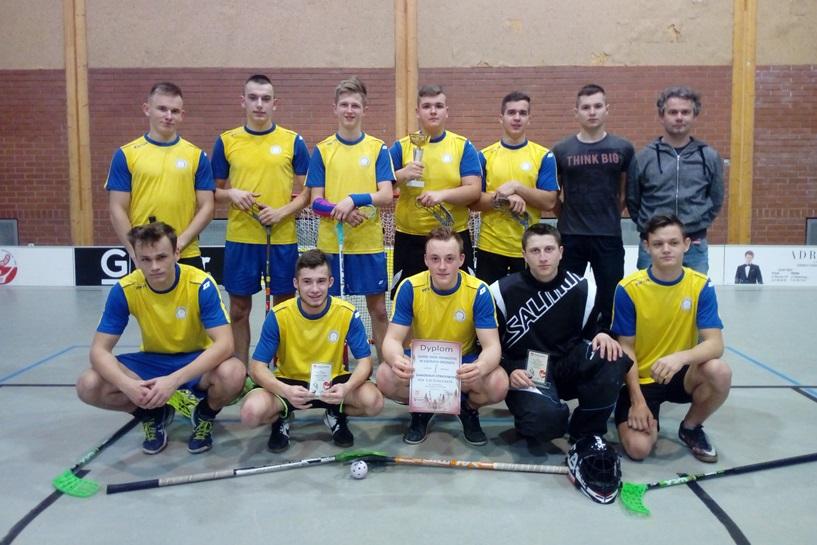 Unihokeiści z ZSR Kaczki Średnie w wojewódzkim finale