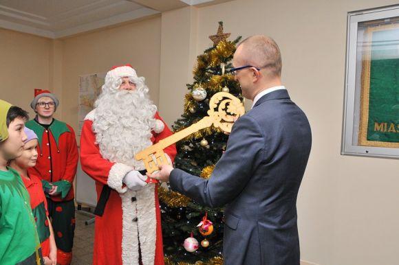 Miasto Turek: Mikołaj odebrał klucz do miasta Turek