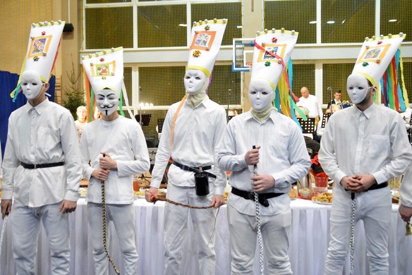 Tuliszków: Na wigilijnym spotkaniu zajadali specjały i kolędowali - foto: Arkadiusz Wszędybył