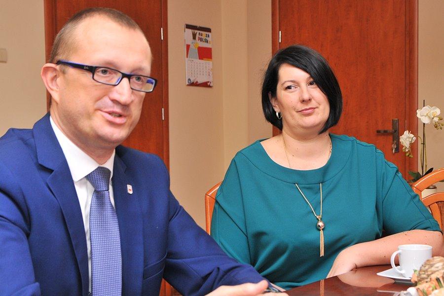 Turek ma panią wiceburmistrz! Burmistrz Antosik postawił na Joannę Misiak-Kędziorę - foto: M. Derucki