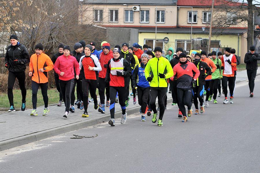 Pobiegnij w 6. Noworocznym Półmaratonie Towarzyskim - foto: M. Derucki