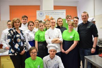 Warsztaty kulinarne dla młodzieży klas...