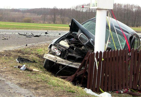 Wideo: W Szadowie rozbili 3 auta. Wśród...