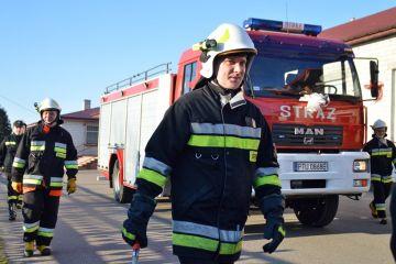 Chylin: Strażacy zdobyli ciężkiego MANa. 8000...