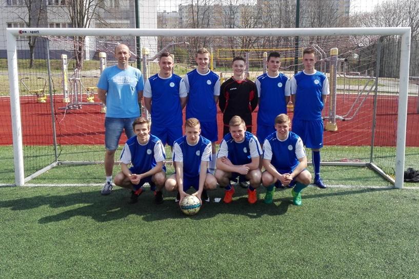 Piłkarze Zespołu Szkół Technicznych w Turku Mistrzami Rejonu Konińskiego w piłce nożnej