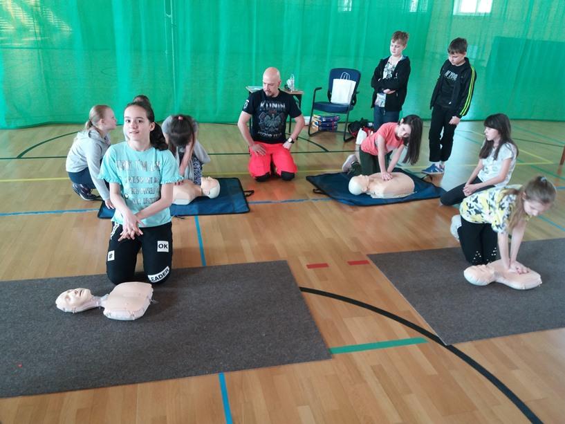 Działania prozdrowotne Szkoły Podstawowej nr 1 w Turku z okazji Światowego Dnia Zdrowia