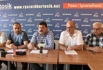 Wideo: Konferencja PiS w sprawie dotacji do...